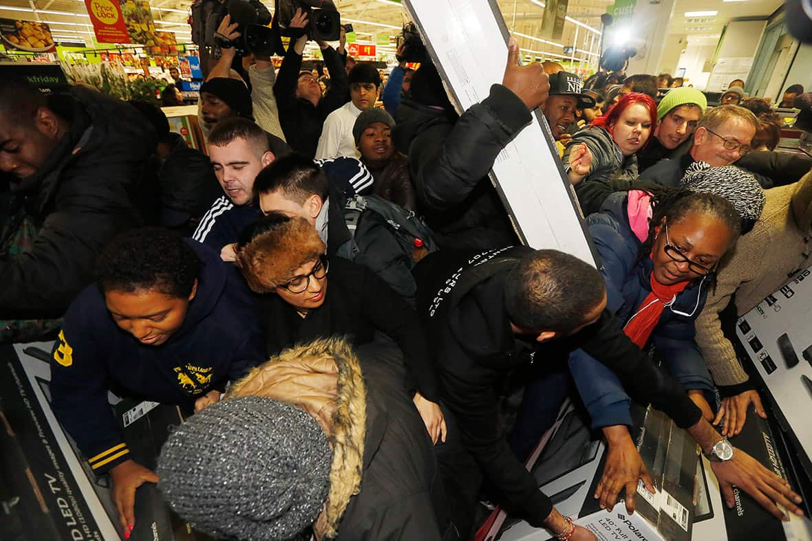 7 Reasons to Never Brave the Stores on Black Friday