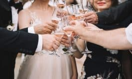 Do's & Don'ts for Wedding Guests